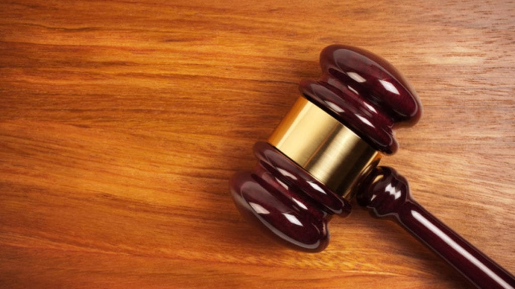 how to find a fort collins lawyer - gavel image